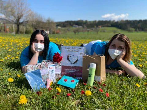 Schilling Therapiezentrum, Stallhofen, Bezirk Voitsberg, Muttertagsaktion: Gutschein + Produkt + Rose, für ihre Gesundheit